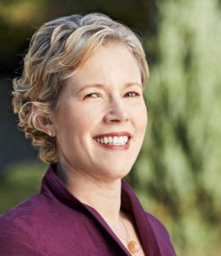 Headshot of Anne McSilver.